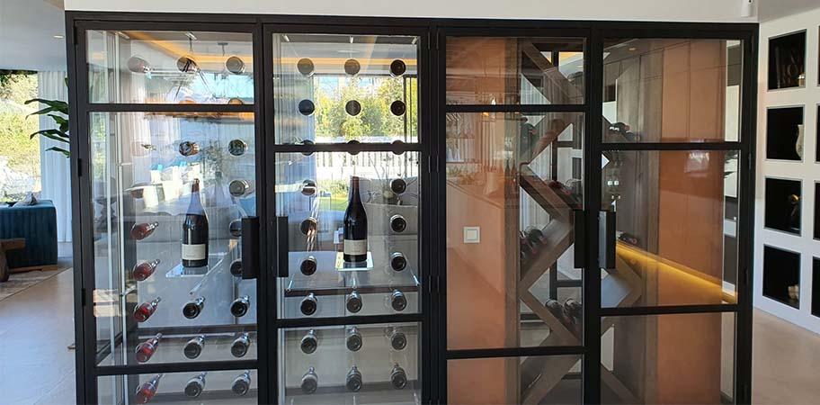 Vinoteca personalizada en Villa Cobre
